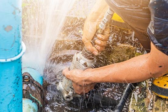 Zatvaranje jednog dela vodovodne cevi